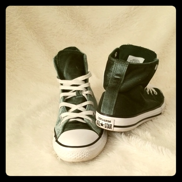 Converse Other - Converse chuck Taylor suede